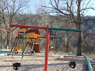 PLAYGROUND~Overlooks Lake Taneycomo Trout fishing area Picnic Tables-Grills
