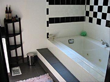 Bathroom with Jaccuzi.