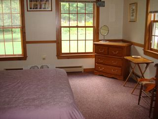 Middletown Springs house photo - Downstairs queen bedroom