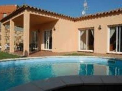 Accommodation near the beach, 200 square meters, , Begur