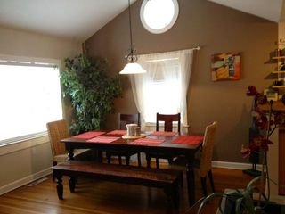 Lakeway cottage photo - Dining room off great room seats 8