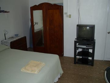 Entertainment unit with cable TV and DVD player wifi also available