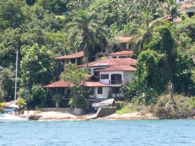 Spectacular home at the seashore in a gated community Angra dos Reis