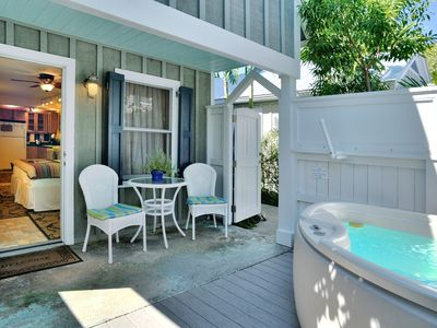 Harrison's Hideaway - Cottage, Pvt. Spa - 2 Shared Pools - Steps from Duval St.