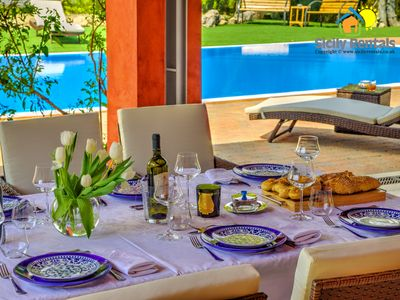 Elegant villa with swimming pool close to beautiful historical and natural beauties