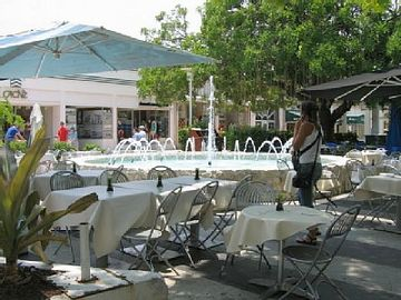 Lincoln Rd Restaurants