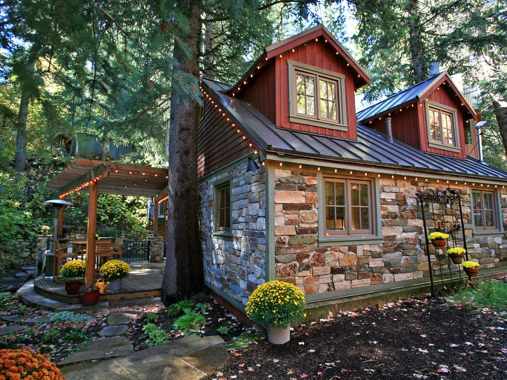 Storybook stone cottage is charming vrbo for Stone cottage plans and photos