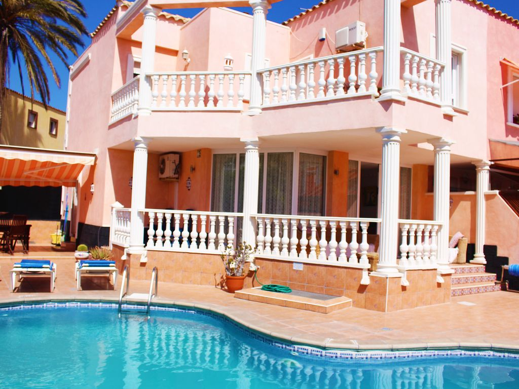 Family vacation in Tenerife - the house