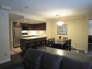 Vancouver townhome photo - Open floor plan to enjoy your vacation home convenient to all city attraction.