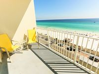 Gulf FRONT unobstructed Panoramic Views! Master Bdrm Faces Gulf! 7th Floor!