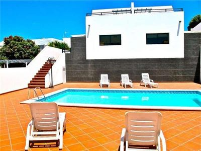 Holiday house for 6 persons, with swimming pool, in Tias's Puerto del Carmen