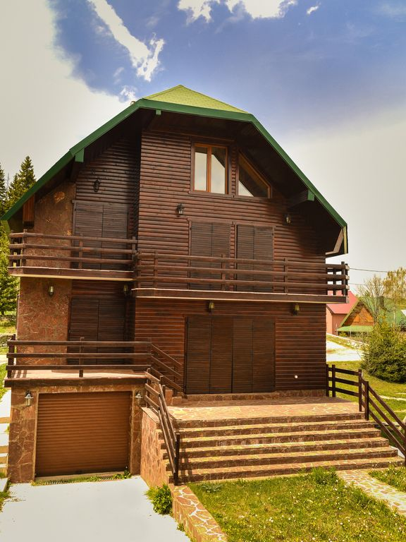 """Luxury Villa """"M"""" located in the National Park Durmitor"""