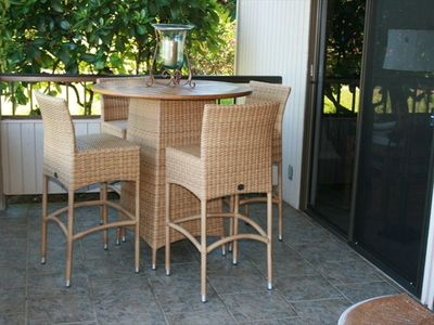 You can opt to dine inside under a cooling fan or outside on the lanai.