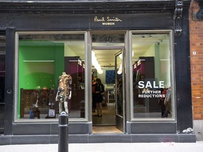 Covent Garden apartment rental - Paul Smith Shop
