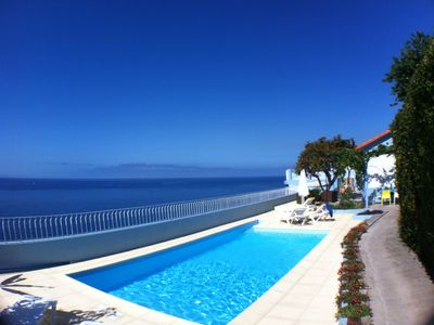 Very tranquil location in central Funchal