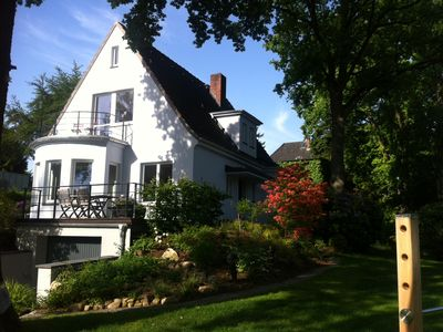 Beautiful, quiet and cozy apartment in Blankenese - top location to the Elbe and City