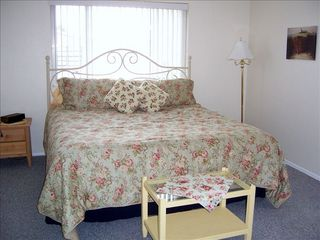 Redington Shores cottage photo - MBR has king size bed with pillow top mattress