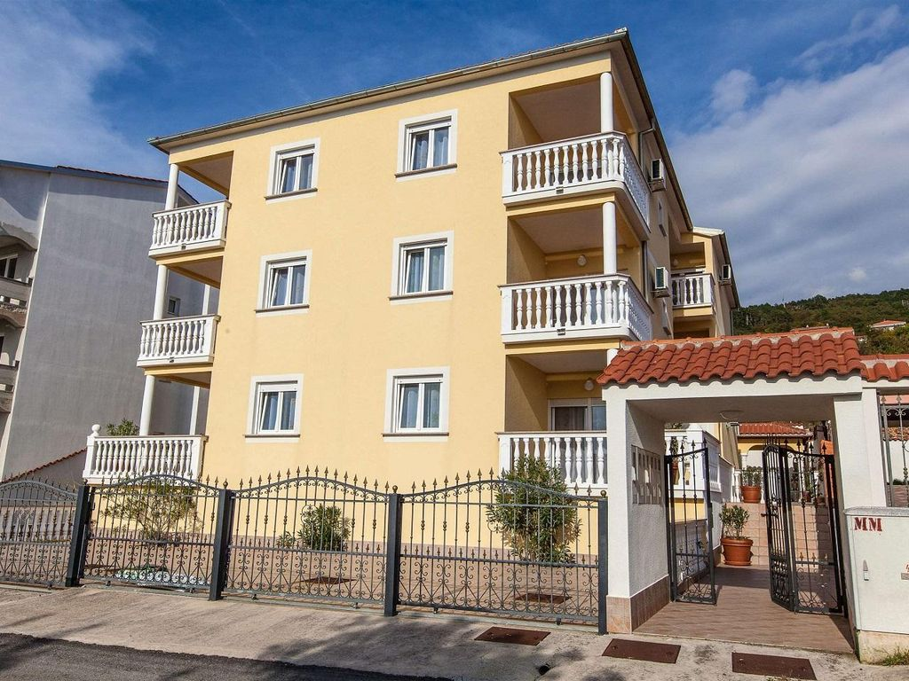 Holiday apartment 405064
