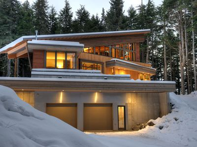 Newly Completed Mountainside Private Retreat