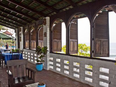 Dining Hall Terrace, east dwelling