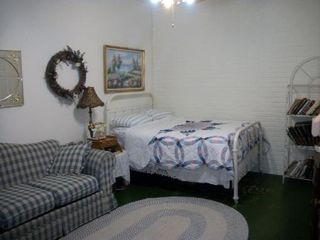 Harrison house photo - Bed 3