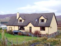 THE ANNEXE, pet friendly, with a garden in Portree, Ref 2492
