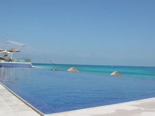 Cancun condo photo - Infinity Pool