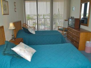 Madeira Beach condo photo - Guest bedroom