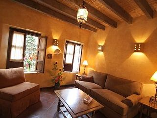 San Miguel de Allende villa photo - Gorgeous living room with sofa with queen pull-out bed