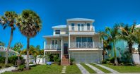 Gulfside Oasis: 6 BR / 5 BA  in Holmes Beach, Sleeps 12