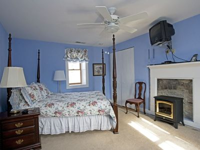 Lexington house rental - The first floor bedroom is in the stone section