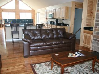 Luray cabin photo - Family room