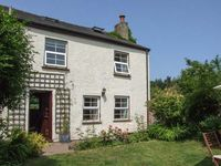 CORNERSTONE COTTAGE, pet friendly, with a garden in Bream, Ref 24194