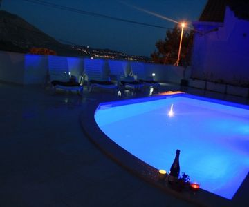 Sunny Ap. FOR TWO, Sea​​views, Pool, close Dubrovnik