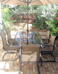 Key West condo rental - Outdoor Dining Area