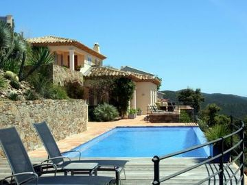Toulon villa rental