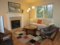 West Seattle Home: Quiet, Close To Downtown And Airport
