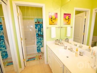 Orange Beach condo photo - Guest bathroom