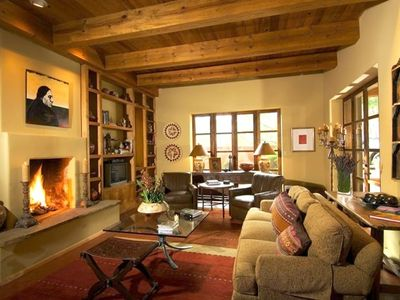 Enjoy that santa fe style in your private vrbo for Santa fe style bathroom ideas