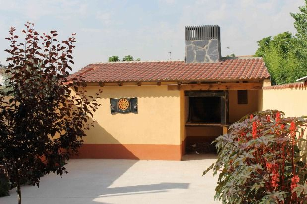 Self catering La Cañada del Duero for 12 people