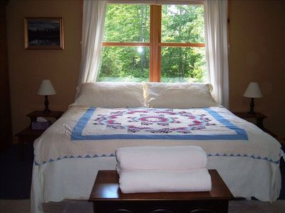 Waitsfield house rental - Master bedroom with king bed. Cable TV in here too! W/W carpet redone Oct' '11.