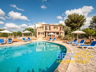 Beautiful Majorcan Finca With Private Pool And Air Conditioning