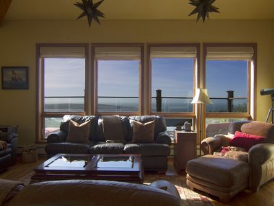 Dillon Beach house rental - living room