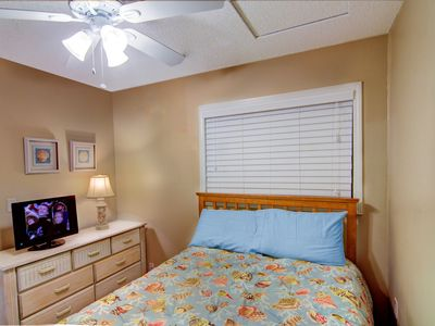 South Ponte Vedra Beach house rental - Downstairs guest bedroom #2 with a full size bed