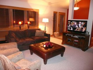 Deer Valley townhome photo - 46-inch HDTV