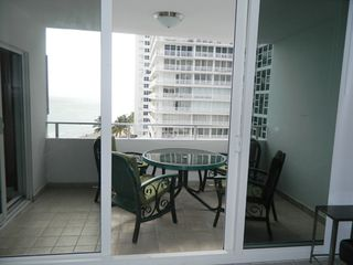 Fort Lauderdale hotel photo - Terrace with Table with sliding door from the living room and 2nd bedroom