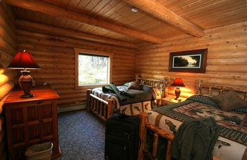 Main Lodge Bedroom