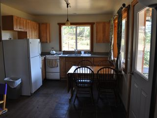 Butte cabin photo - Kitchen