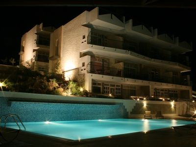 Makrygialos apartment rental - Bayview pool at night