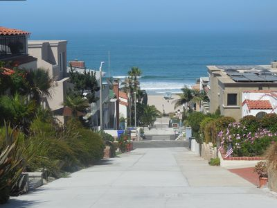 Walk to the beach and enjoy one of the best surf spots in town !